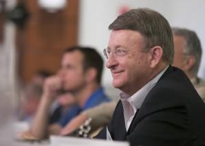Mark Scharenbroich motivates leaders